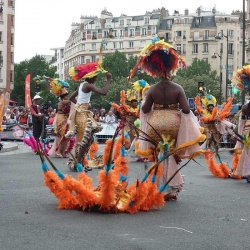 defile-carnaval-tropical1